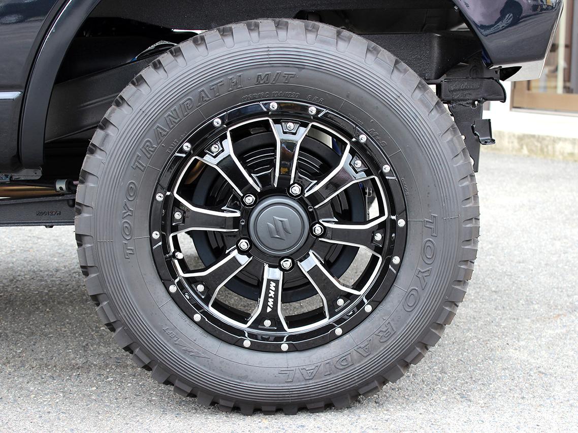 タイヤ TOYO トランパスM/T 195R16